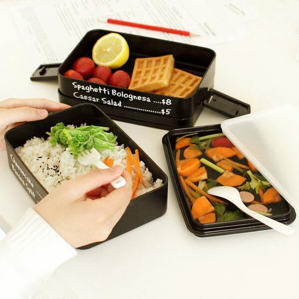 ♚MY COLOR♚三層分格手提飯盒 微波 便當盒 學生 上班族 野餐 廚房 點心 水果 保鮮 耐冷 【S29】