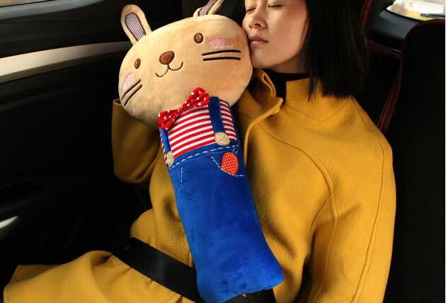 汽車安全帶護肩卡通抱枕