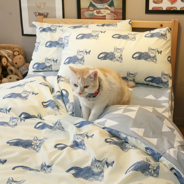Blue cat 藍貓【床包藍底白三角形】單人/雙人熱賣組   舒適磨毛布 台灣製造 9