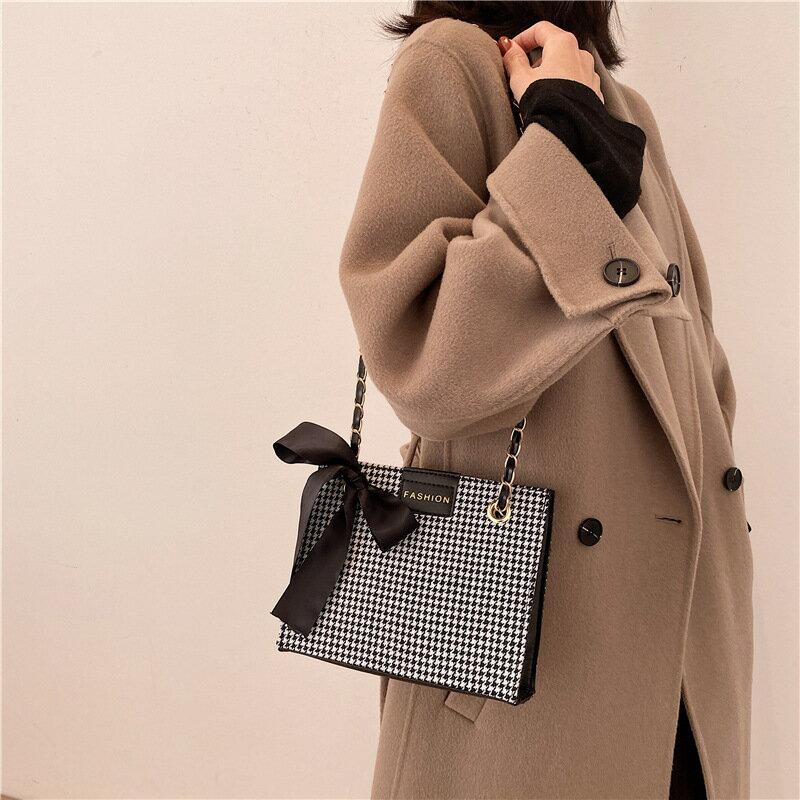 上新格紋女包包2020冬季新款托特包潮斜跨ins新款手提包女鏈條