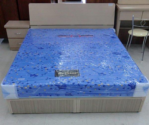 【尚品傢俱】GF-R05 百合白橡/胡桃 5尺 床頭箱/床箱~(不含其他商品)