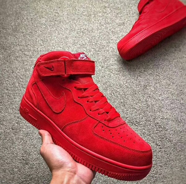 UStore:NIKEAIRFORCE1MID'07全紅情侶款