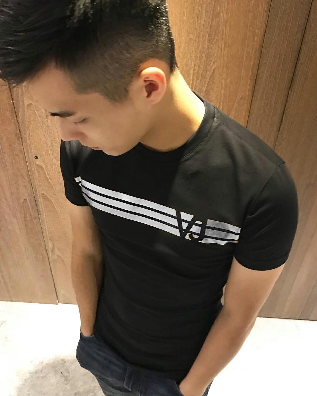 美國百分百【全新真品】Versace 凡賽斯 圓領短袖 T恤 logo T-shirt 修身版L號 燙銀 黑色 J117