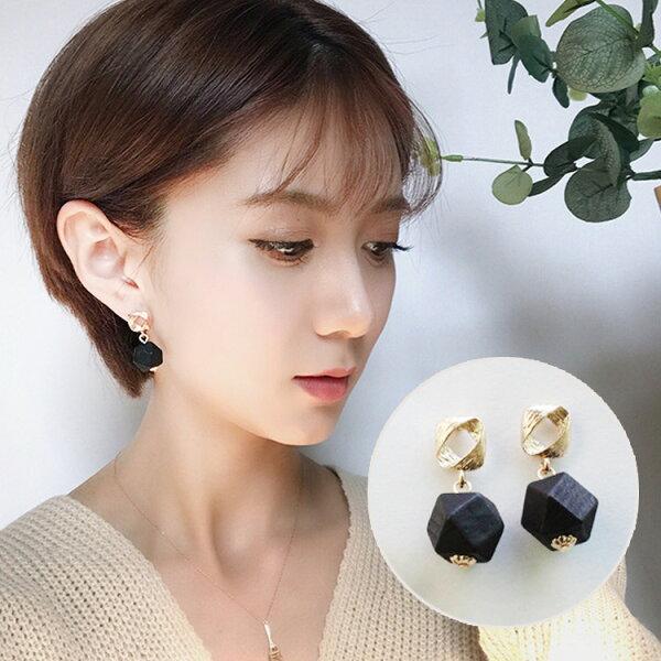 美系黑色菱形木質耳環耳針JET7304