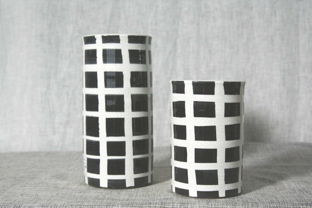 黑白格紋花器 ~  好康折扣