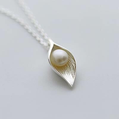 ~925純銀~項鍊 珍珠吊墜~獨特簡約葉子 母親節生日情人節 女飾品73as9~ ~~米蘭