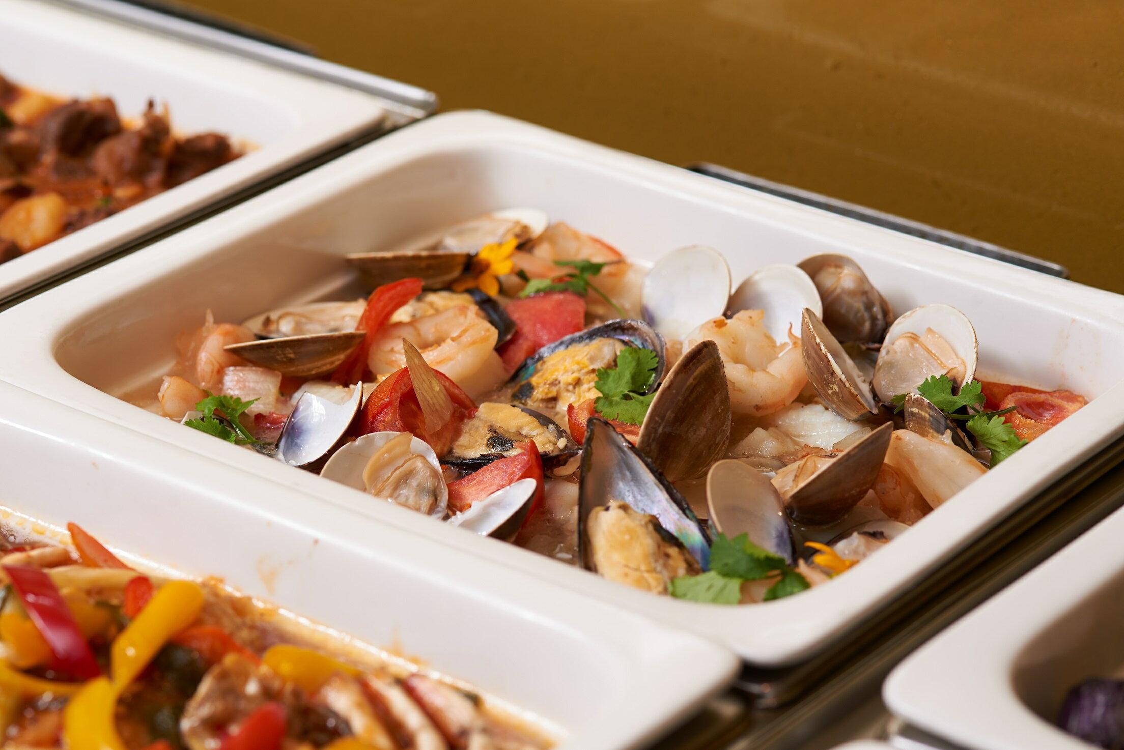 慶泰大飯店平日午晚餐券吃到飽金穗坊西餐廳
