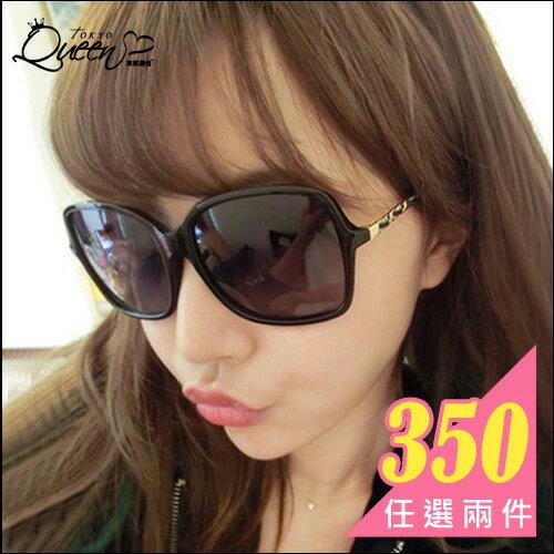 任兩件350元.名媛渡假最熱愛款 方框金色圖案鏡架墨鏡.tokyo Queen Bloom