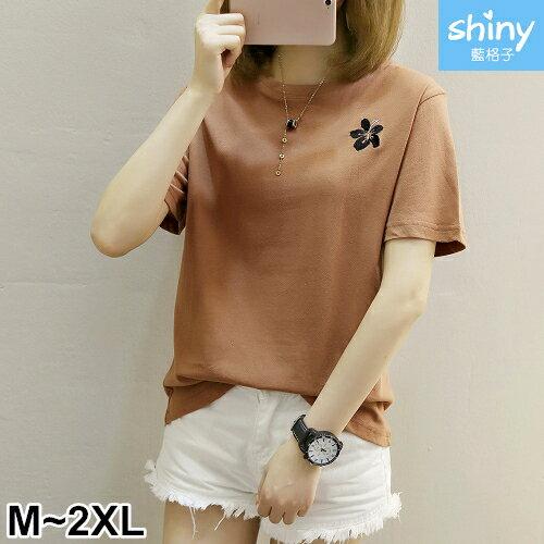 【V2324】shiny藍格子-甜美夏感.刺繡花圓領寬鬆短袖上衣
