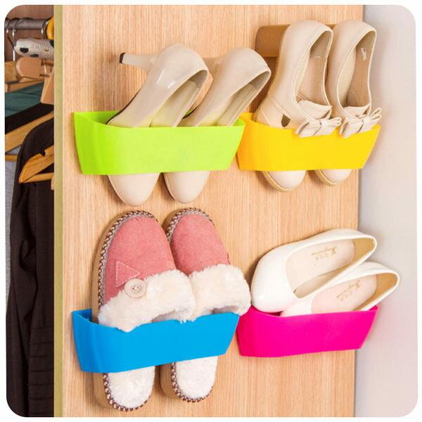 ●MY COLOR● 立體掛式黏貼鞋架 收納 拖鞋 多層 壁式 掛式 整理 創意 背膠 簡易 垂直空間 【S08-1】