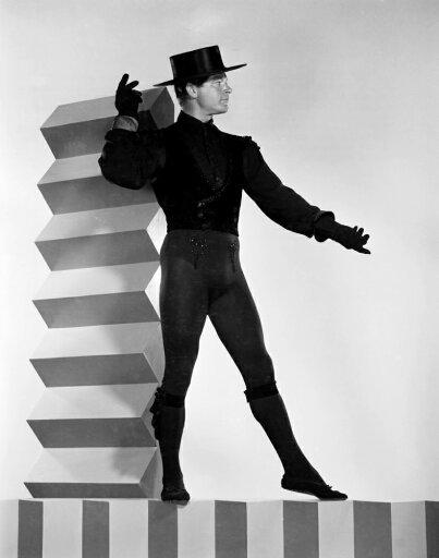 Billy RoseS Jumbo (Aka Jumbo) Stephen Boyd 1962 Photo Print (16 x 20) ed78a1d3c771035c7bdc6654176d8cf9