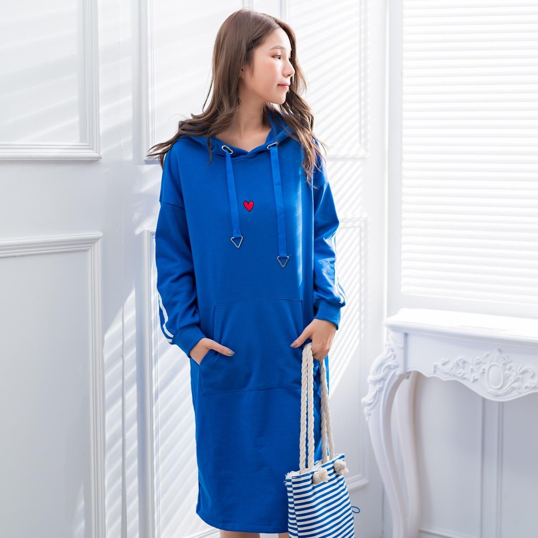 休閒洋裝--時尚運動風撞色織帶愛心口袋羅紋開衩長版連衣裙(藍XL-3L)-A383眼圈熊中大尺碼 0