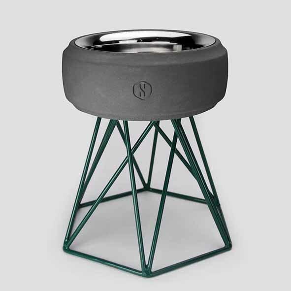 SPUTNIK 寵物碗架 Cozy Cement Bowl - 黑水泥+綠架(M2) Pet's Talk 1