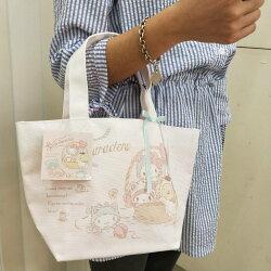 大賀屋 日貨 HELLO KITTY 貓咪 手提包 便當袋 外出包 帆布袋 女包 包包 包 正版 J00016028