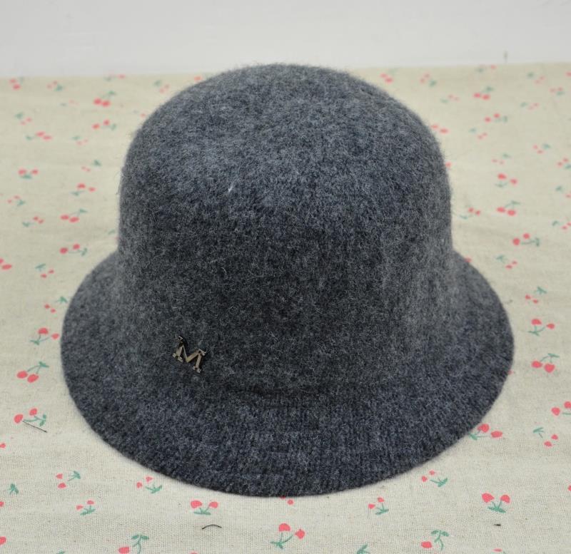 加厚保暖羊毛呢禮帽漁夫帽秋冬天盆帽針織禮帽復古m字母帽子1入