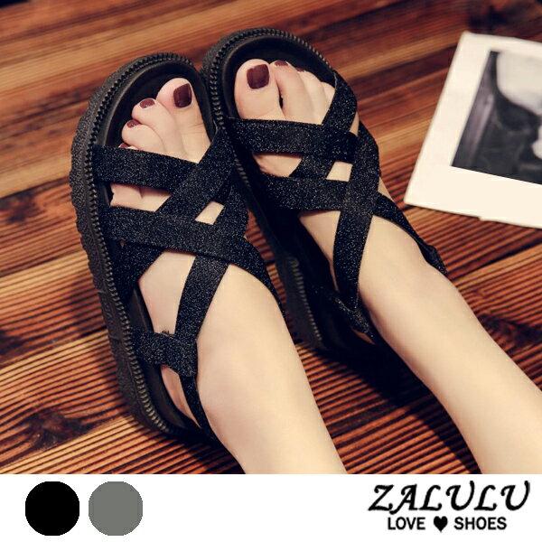 ZALULU愛鞋館7EE046預購編織款交叉線條平底露趾涼鞋-黑銀-35-40