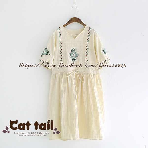 《貓尾巴》LZ-03190民族風精緻刺繡A字短袖連身裙(森林系日系棉麻文青清新)