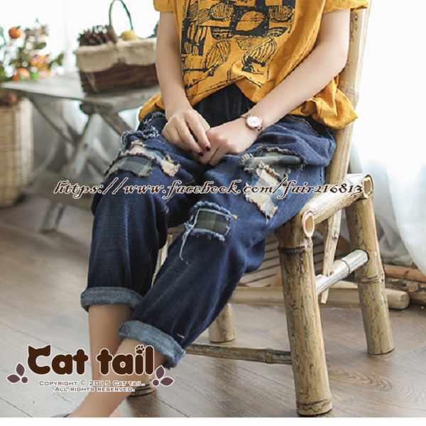 《貓尾巴》JP-01813復古磨白貼布牛仔九分褲(森林系日系棉麻文青清新)