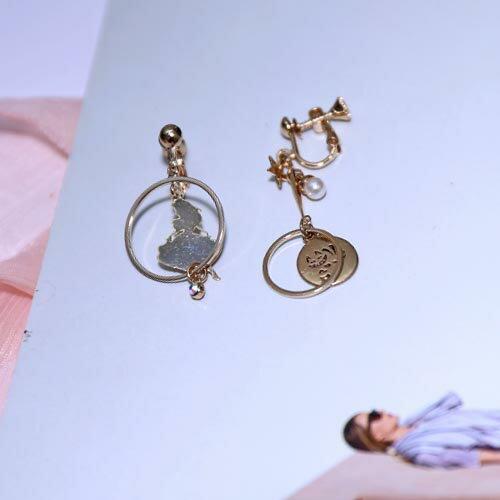 (預購+現貨)愛麗絲的冒險。夾式(螺旋夾)針式耳環【2-17118】