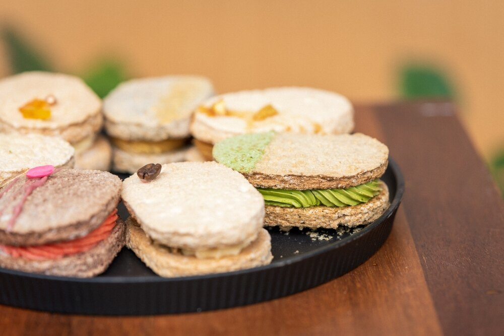 OS義式冰淇淋手作坊 達克瓦茲8入禮盒 (8種口味各一) 每塊30g5g 手工甜點 美食