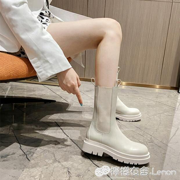 白色馬丁靴女新款煙筒靴網紅mona同款切爾西靴子厚底中筒短靴-韓尚華蓮
