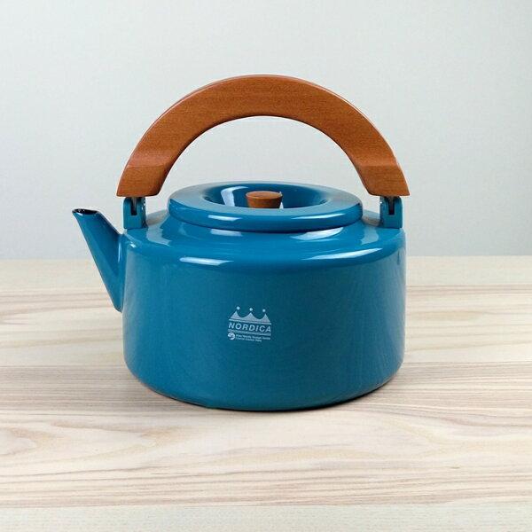 【日本CBJAPAN】(新款)北歐系列琺瑯原木泡茶兩用壺琺瑯壺附濾網-土耳其藍