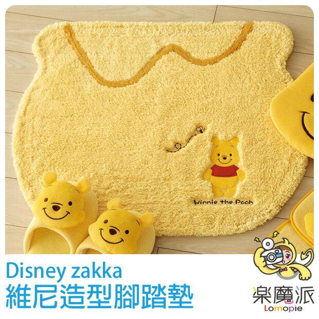 日本代購 迪士尼 地墊 腳踏墊 地毯 維尼  浴室踏墊 造型踏墊 絨毛 軟毛