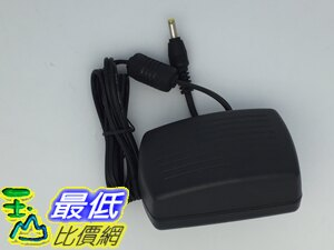 [玉山最低比價網] 電子式 AC 110~240V to DC 5V 2000mA  內徑 1.7 外徑4.0 穩壓變壓器