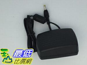 [玉山最低比價網] 電子式 AC 110~240V to DC 6V 2000mA 內徑 1.7 外徑4.0 穩壓變壓器