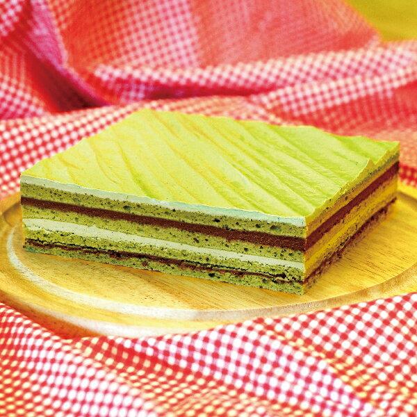 ❄️抹茶歐培拉 ❄️❄️❄️ 日本宇治抹茶與歐洲特調巧克力完美結合,濃郁的抹茶味,搭配蛋糕體與巧克力內餡,在舌頭上感受到多種層次風味,和諧的融合之甘美風味~ 3